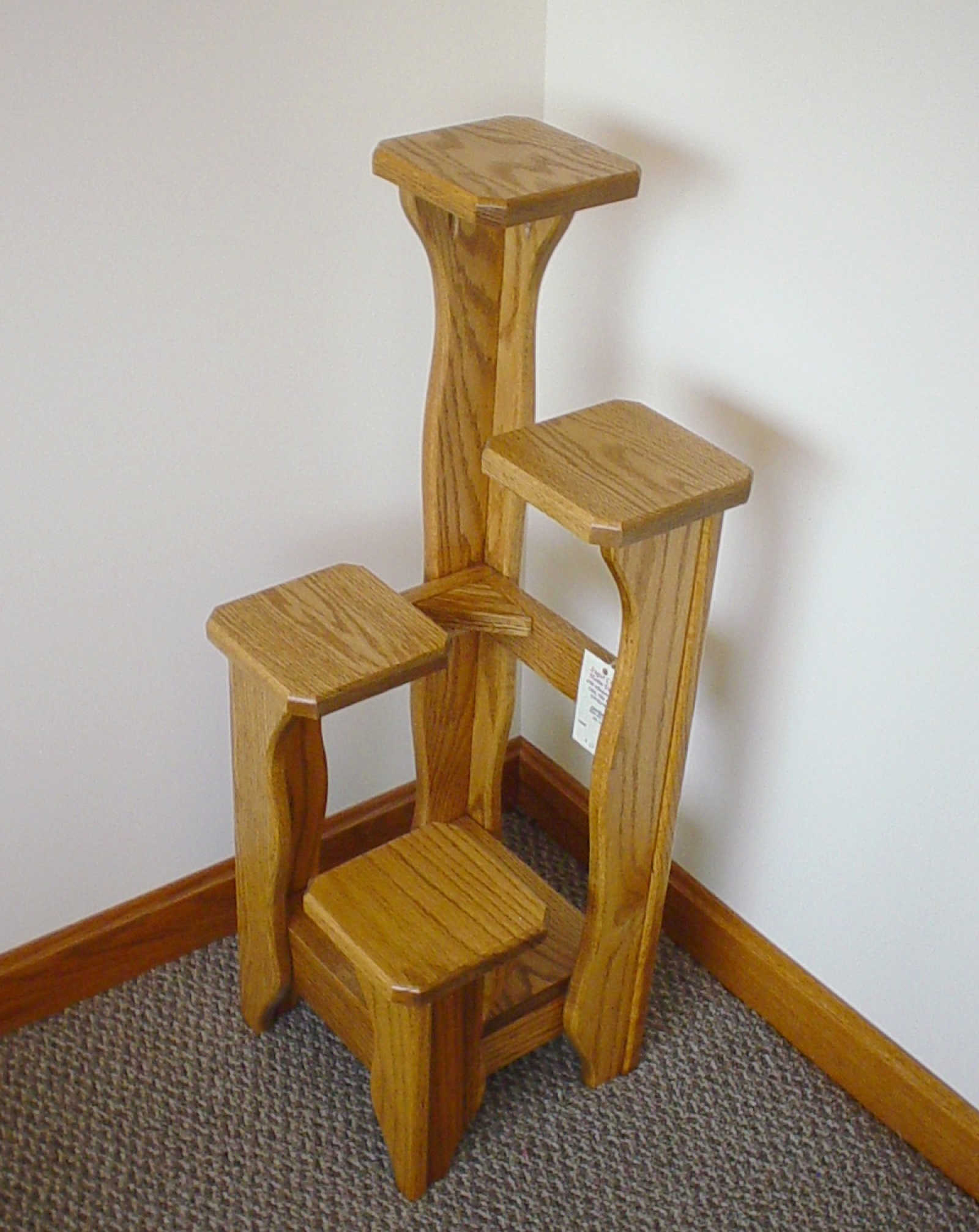 wood-plant-stands